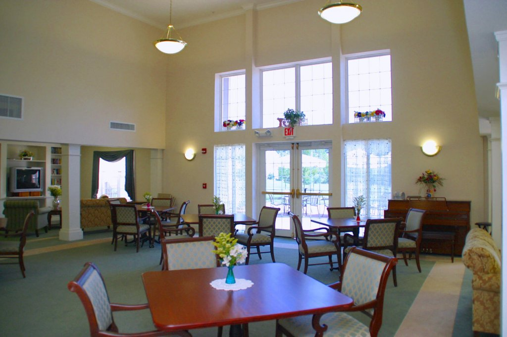 Spring Ridge Senior Living Amenities photo 12