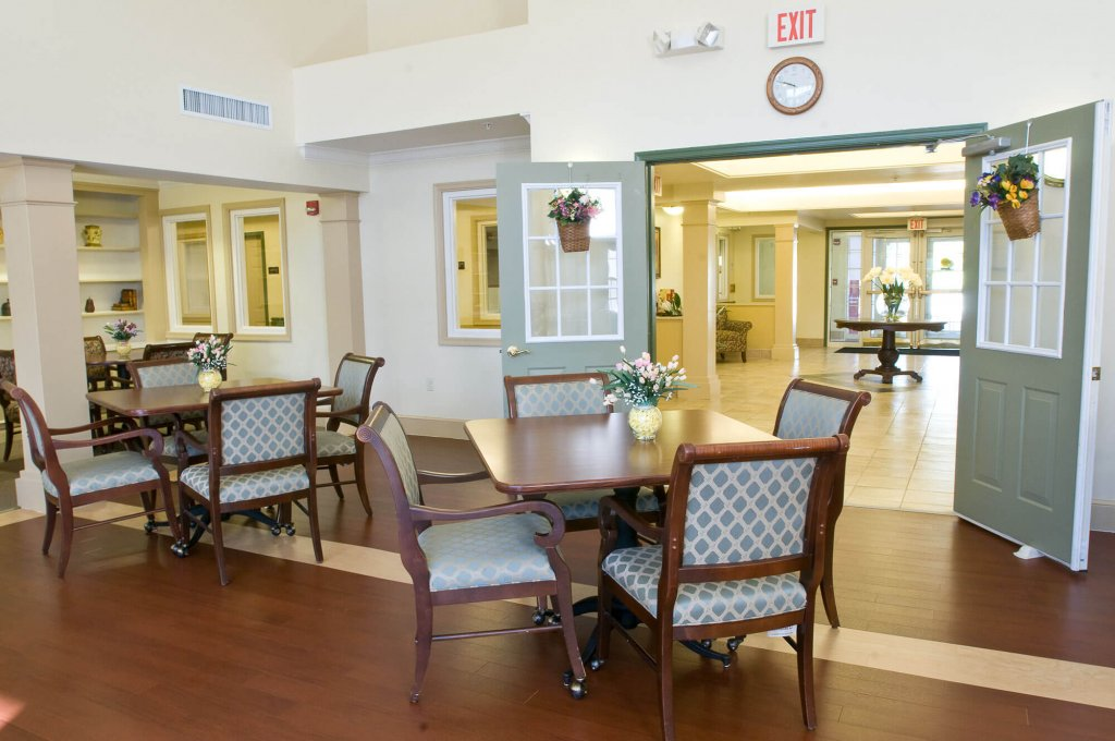 Spring Ridge Senior Living Amenities photo 9