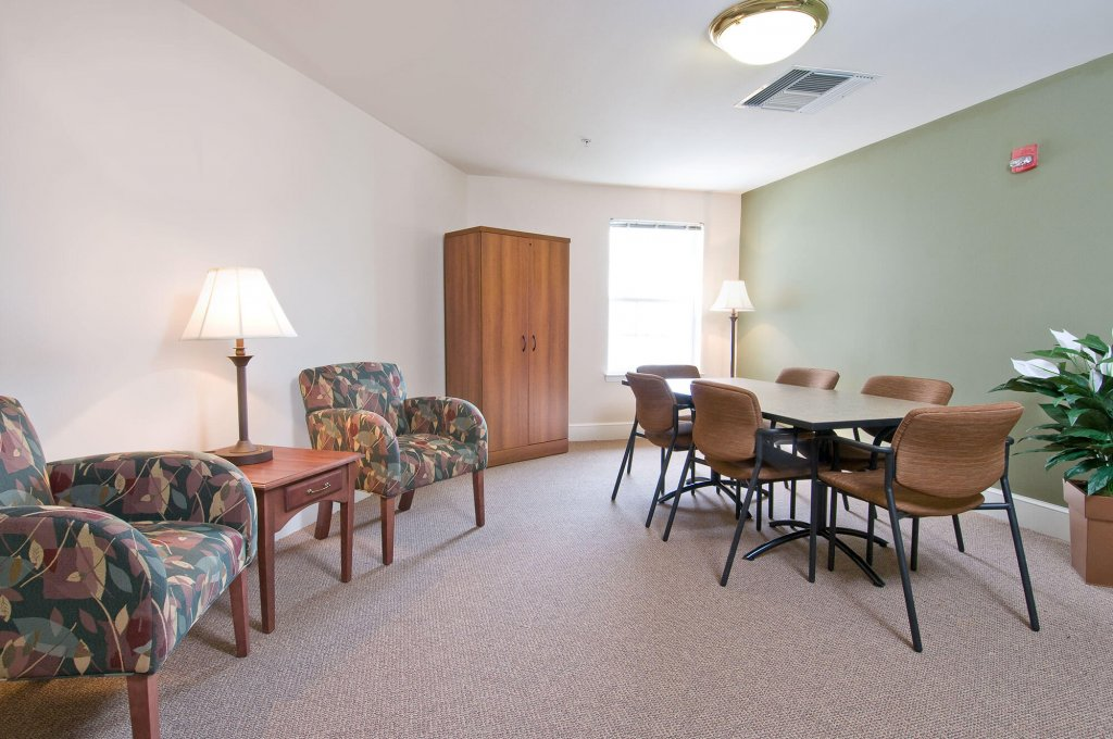 Spring Ridge Senior Living Amenities photo 8